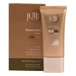ژوت کرم ضد آفتاب مناسب انواع پوست اس پی اف 50 بی رنگ